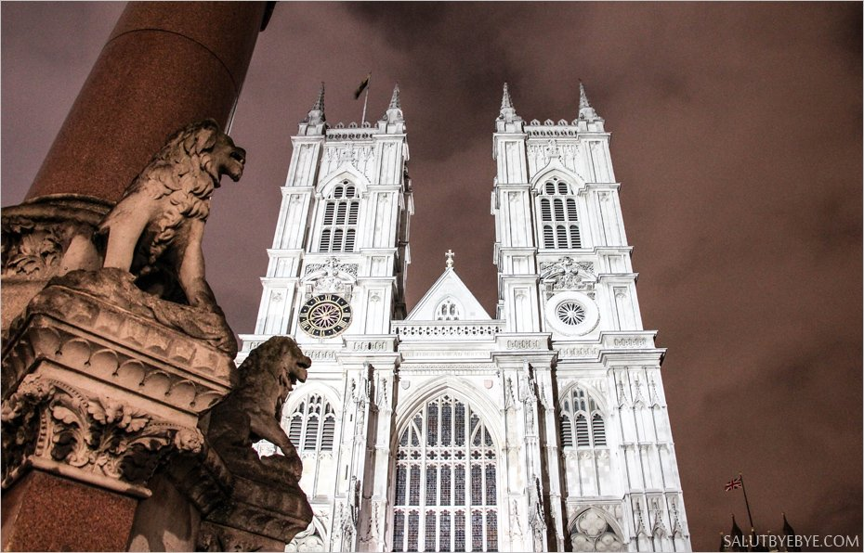 L'abbaye de Westminster de nuit