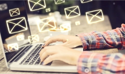 8 conseils pour survivre quand on reçoit trop de mails !
