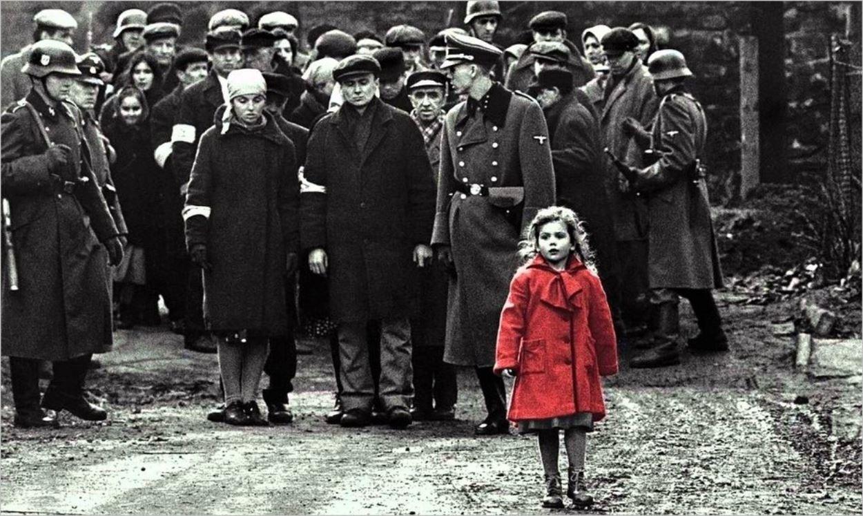 La petite fille au manteau rouge - La Liste de Schindler, Steven Spielberg