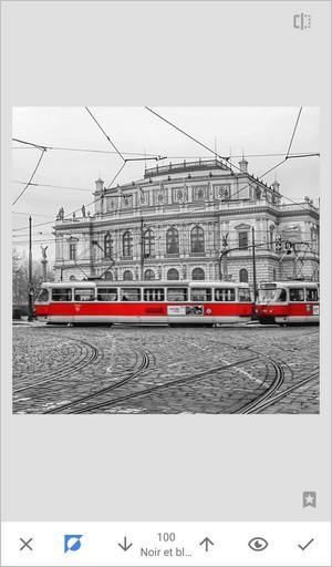 Photo noir et blanc avec couleur