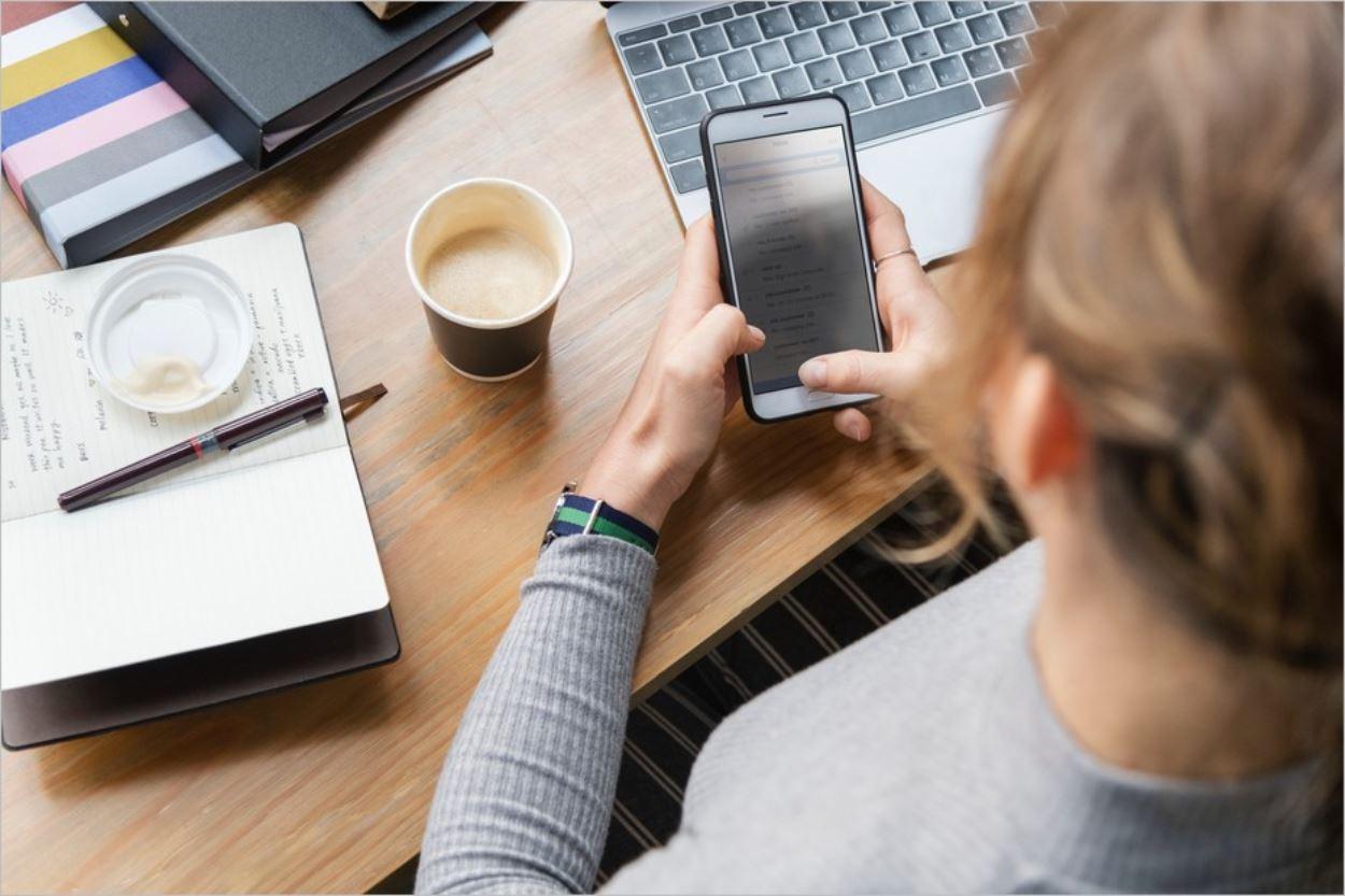 Passer moins de temps sur son smartphone : pas toujours facile !