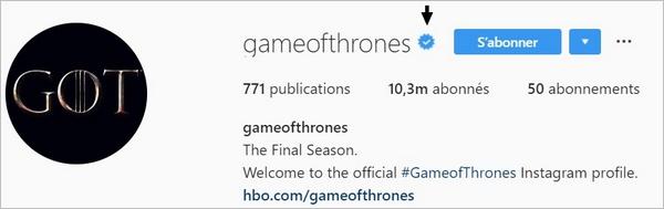 Compte vérifié avec badge bleu sur Instagram